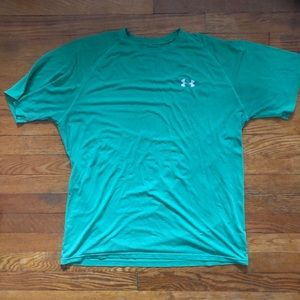 Under Armour Heat Gear Loose Fit Green Shirt